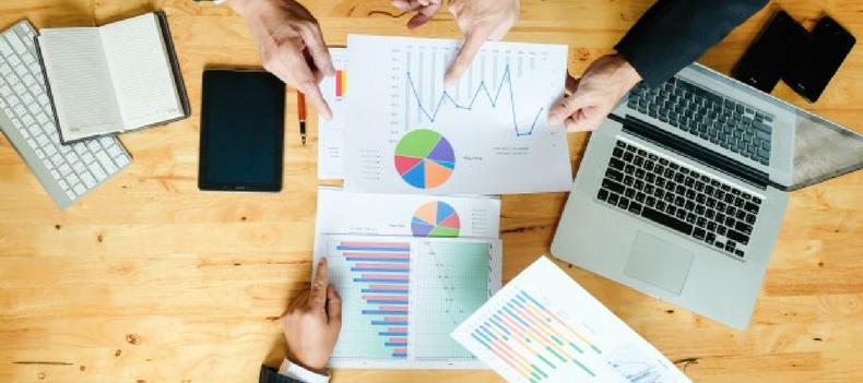 crm helps salespeople
